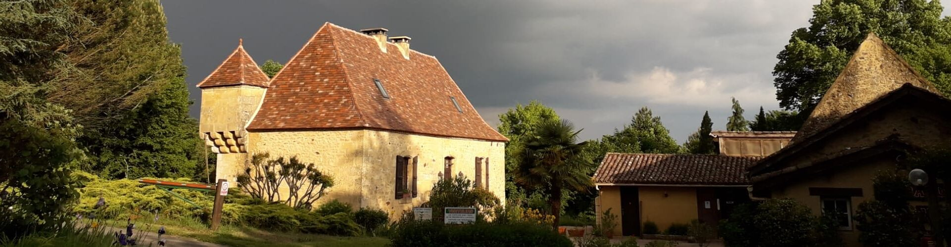 Camping La Grande Veyiere - Dordogne
