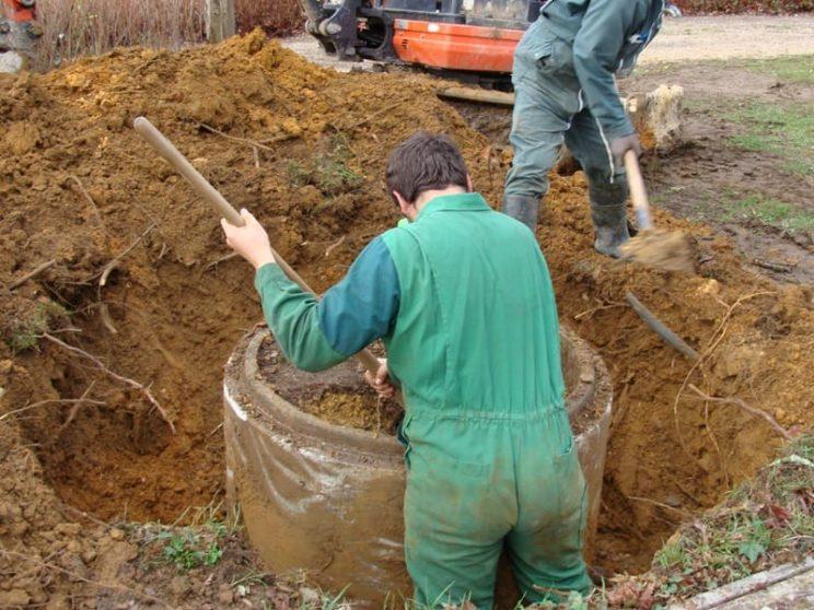 travaux sur borne d'irrigation
